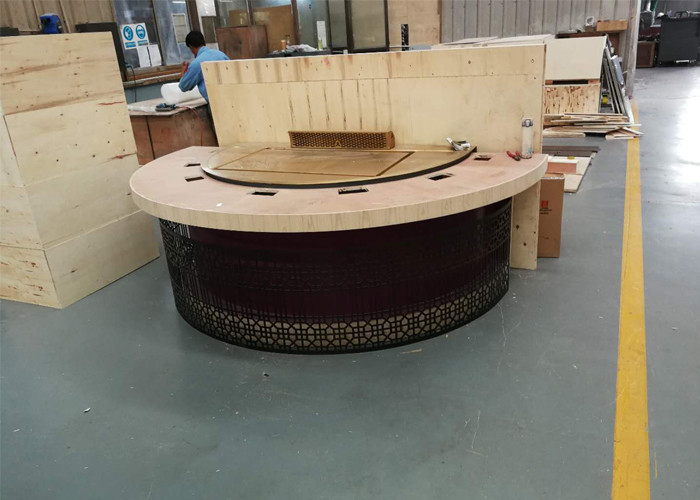 New Design Restaurant Teppanyaki Grill Table with Semi-circle Table Top Decoration